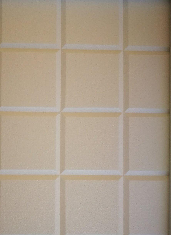 Polystyrene tiles ceiling